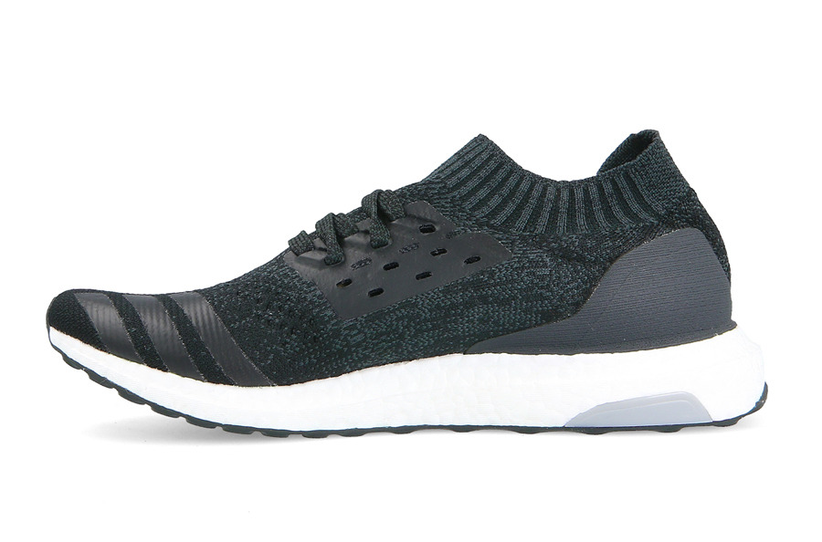 UltraBoost Uncaged 'Carbon'